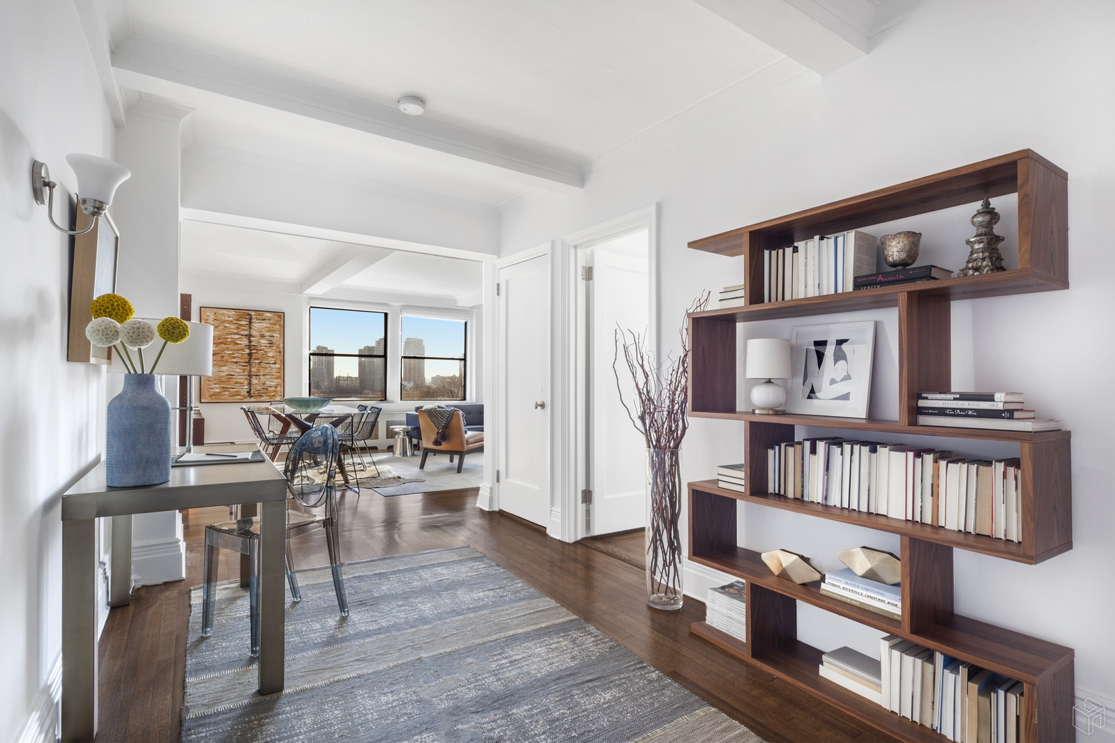 865 UNITED NATIONS PLAZA 10A, Midtown East, $1,125,000, Web #: 19402052