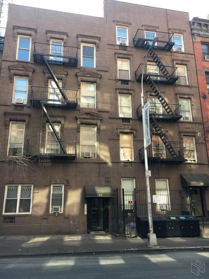 404 WEST 51ST STREET 4A, Midtown West, $2,750, Web #: 19420407
