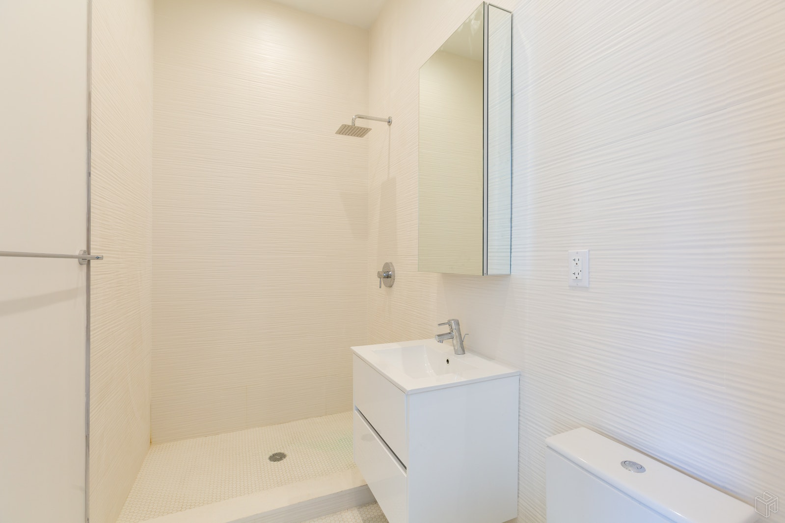 111 WEST 130TH STREET GF, Harlem, $1,900, Web #: 19422026