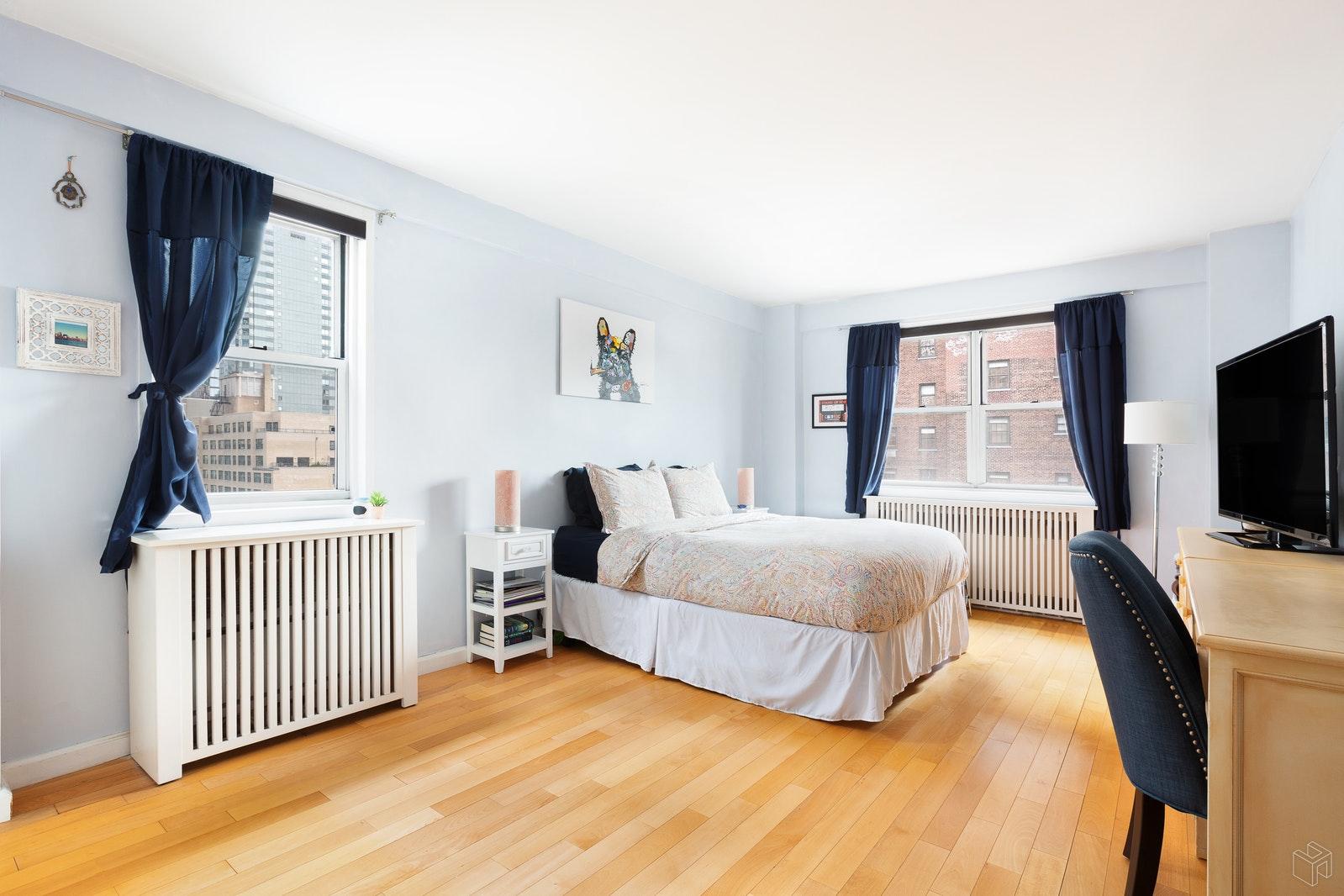 345 WEST 58TH STREET 15R, Upper West Side, $925,000, Web #: 19425687
