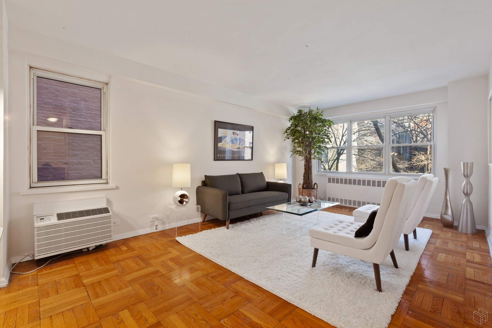 166 EAST 35TH STREET 3BC, Midtown East, $1,095,000, Web #: 19426324