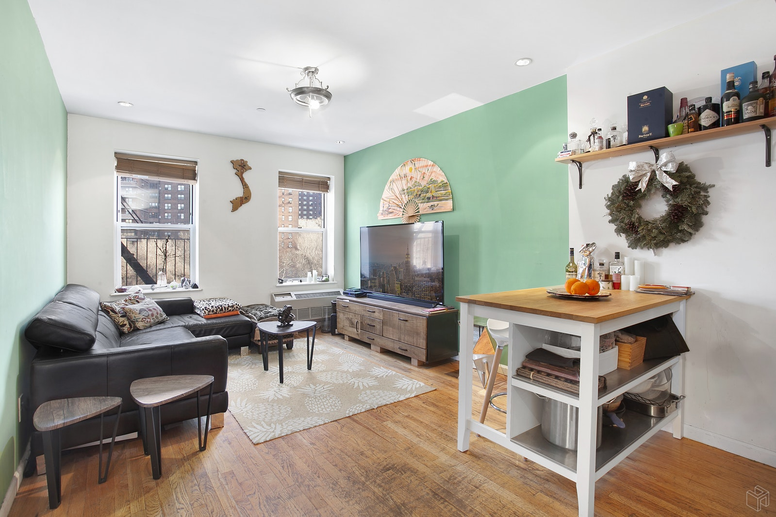 35 ESSEX STREET 5D, Lower East Side, $3,100, Web #: 19438583