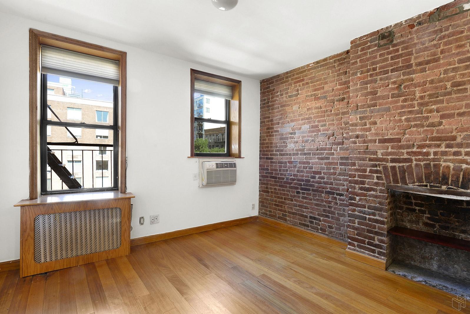 51 EAST HOUSTON STREET 3A, Nolita, $4,350, Web #: 19447796