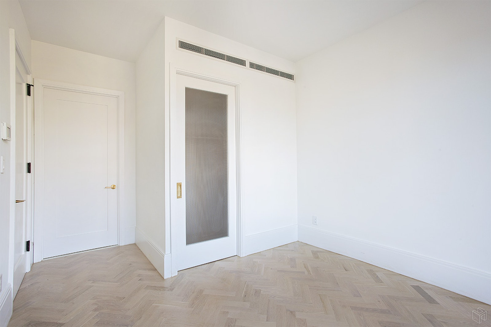 50 CLINTON STREET 3A, Lower East Side, $6,600, Web #: 19461306