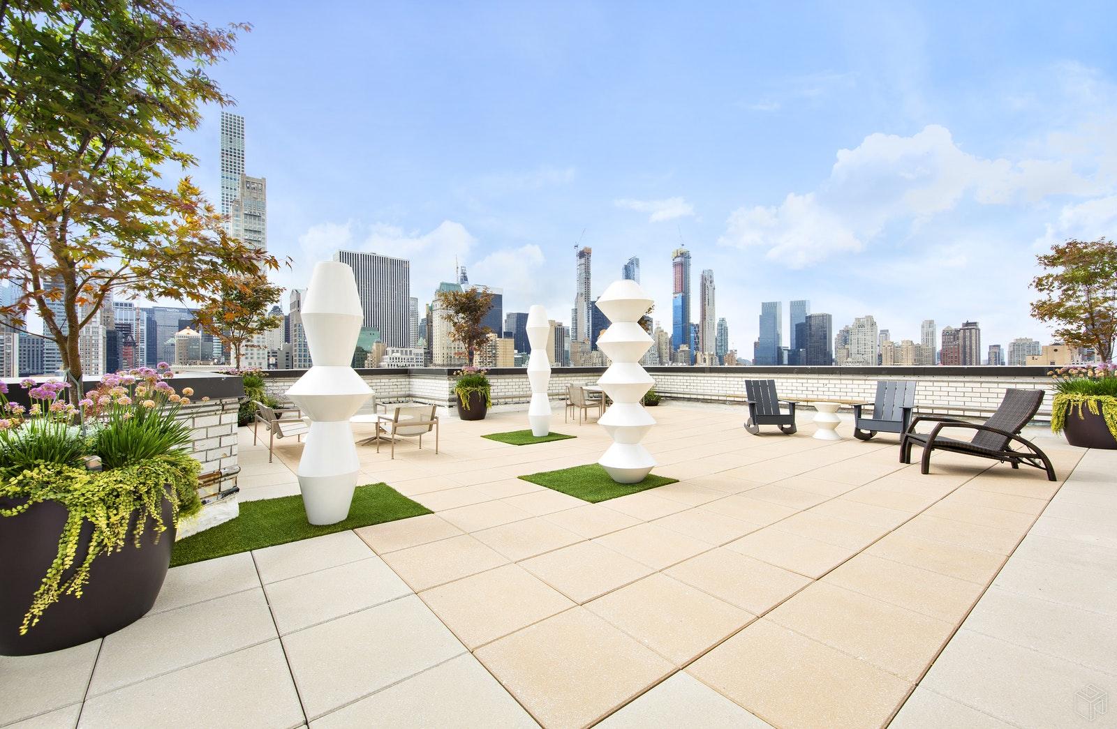 650 PARK AVENUE 5C, Upper East Side, $1,975,000, Web #: 19475318