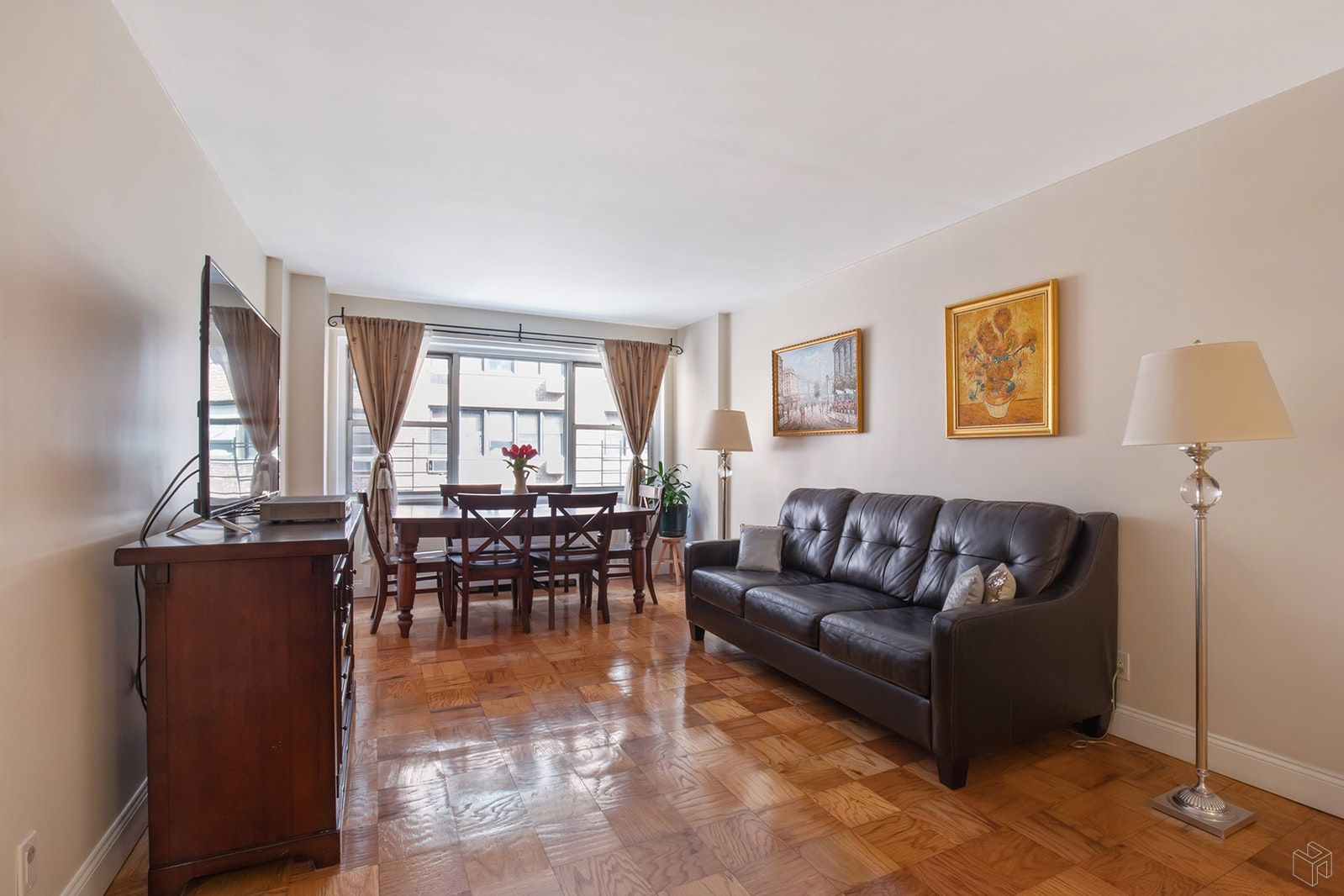 211 EAST 53RD STREET 8AB, Midtown East, $1,245,000, Web #: 19475610