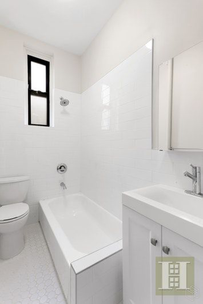 526 WEST 111TH STREET 2CC, Upper West Side, $2,725, Web #: 19500791