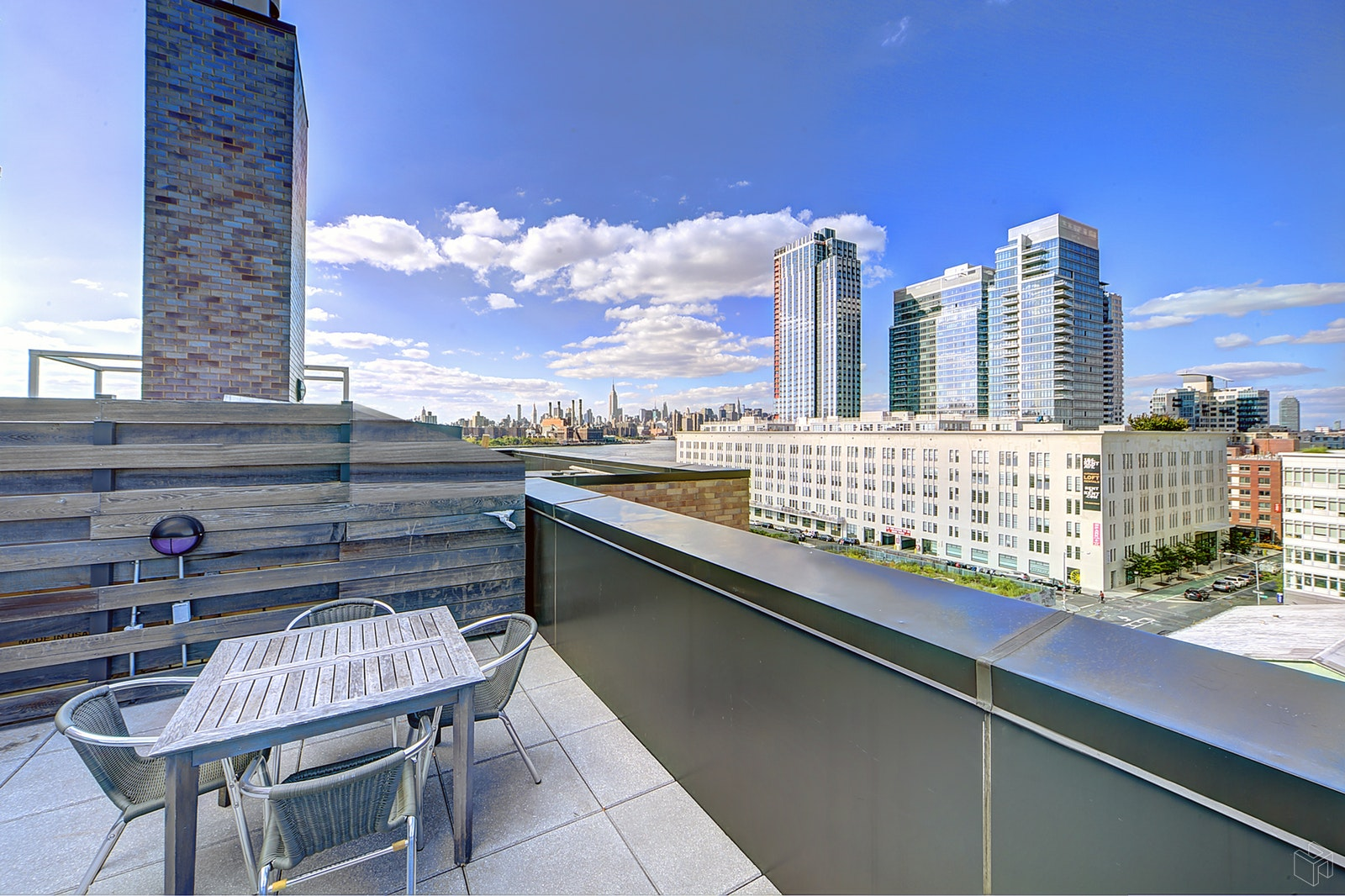 58 METROPOLITAN AVENUE 6A, Williamsburg, $2,750, Web #: 19507279