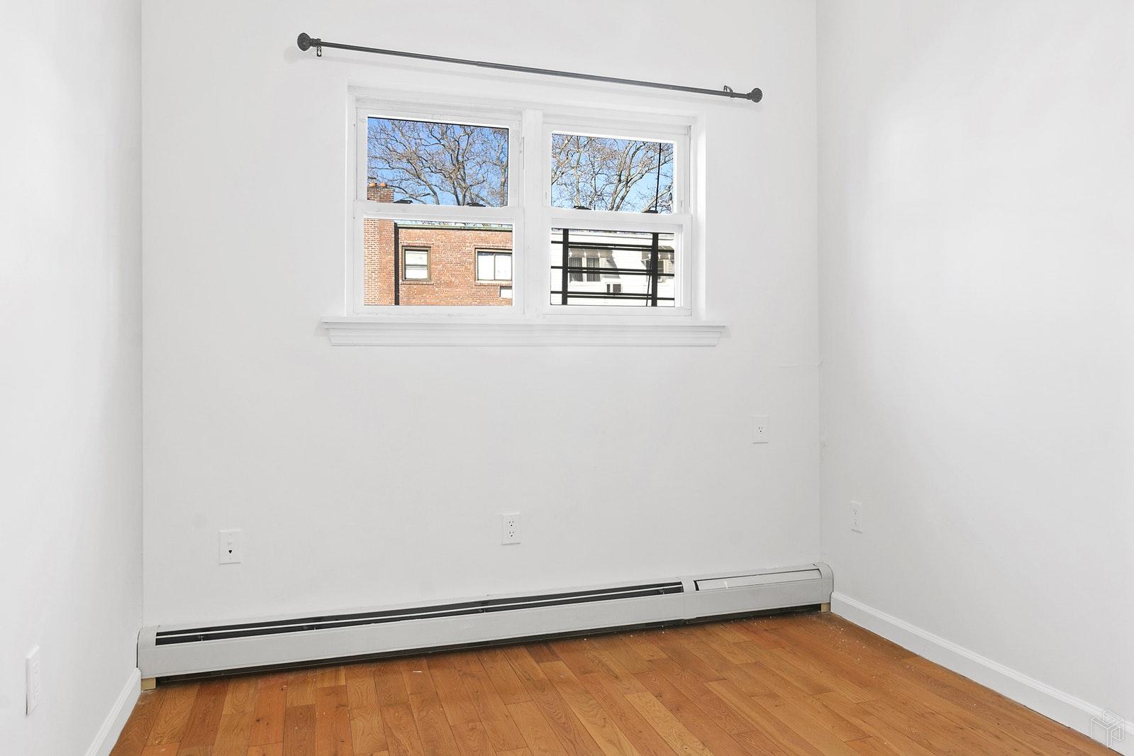 48 -26 64TH STREET 1, Woodside, $1,850, Web #: 19516313