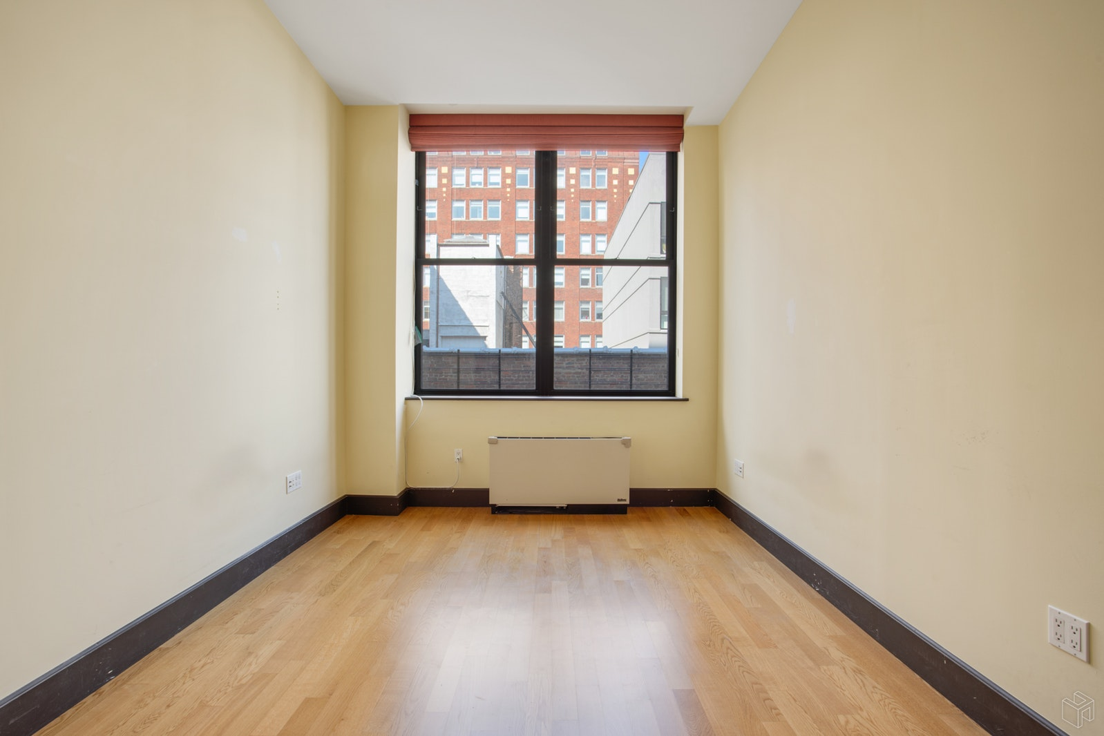 421 WEST 54TH STREET 4G, Midtown West, $5,950, Web #: 19517511