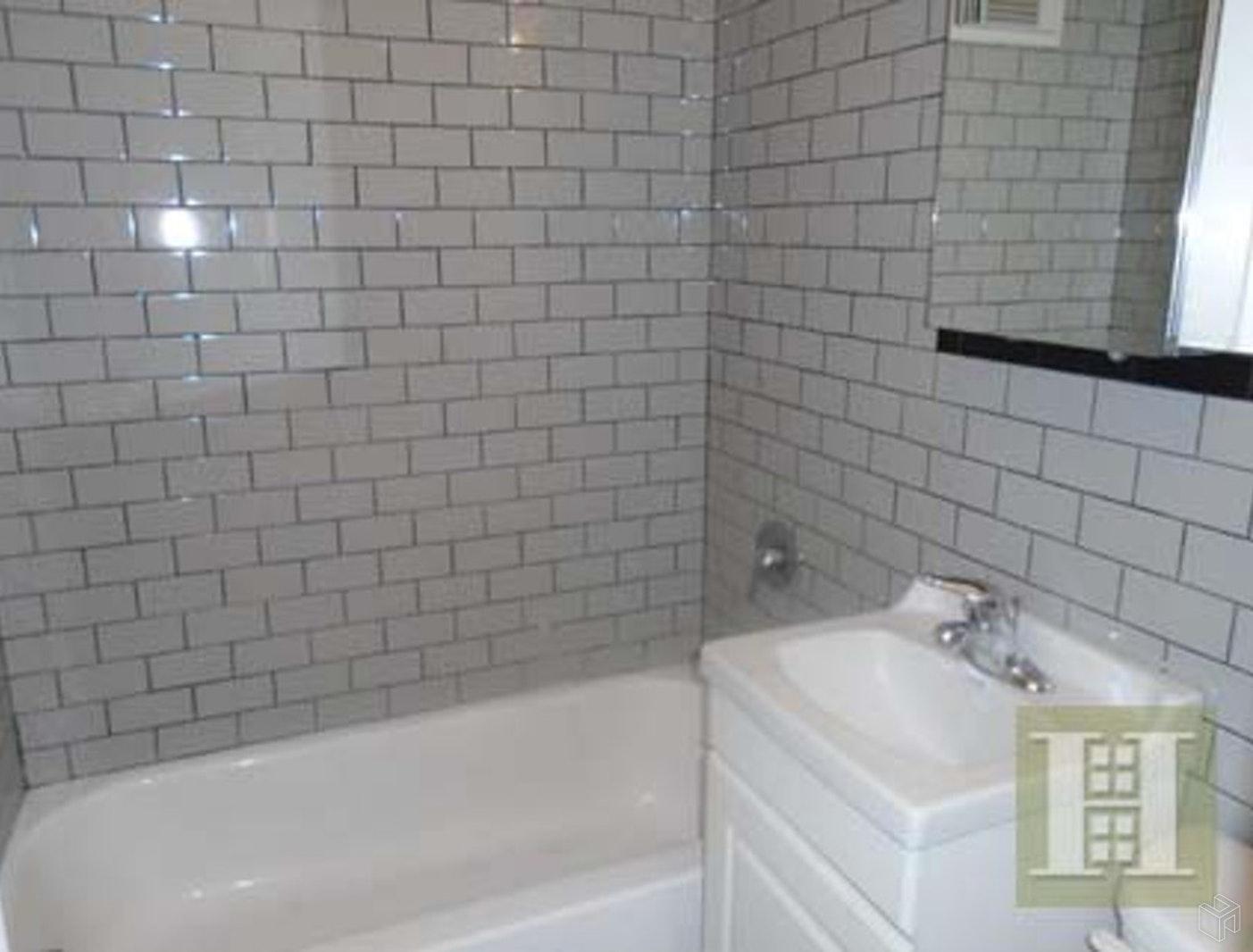 166 SUFFOLK STREET 2A, Lower East Side, $2,150, Web #: 19517565