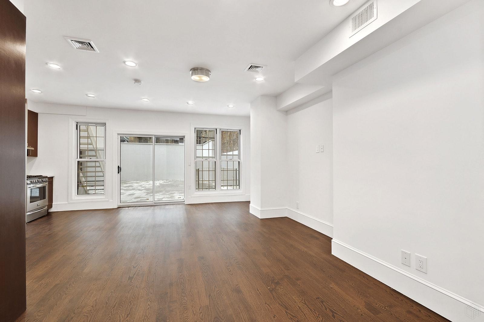 407 EAST 6TH STREET 1, East Village, $11,500, Web #: 19522893