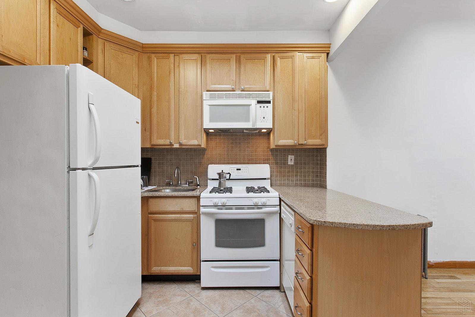 51 EAST HOUSTON STREET 4B, Nolita, $4,250, Web #: 19531614
