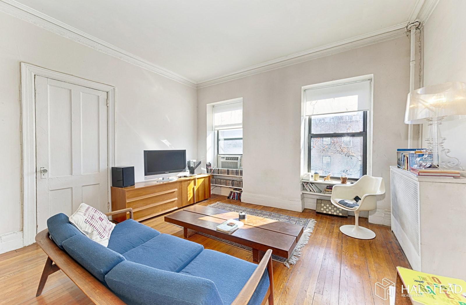 452 WEST 23RD STREET 3B, Chelsea, $2,750, Web #: 19534388