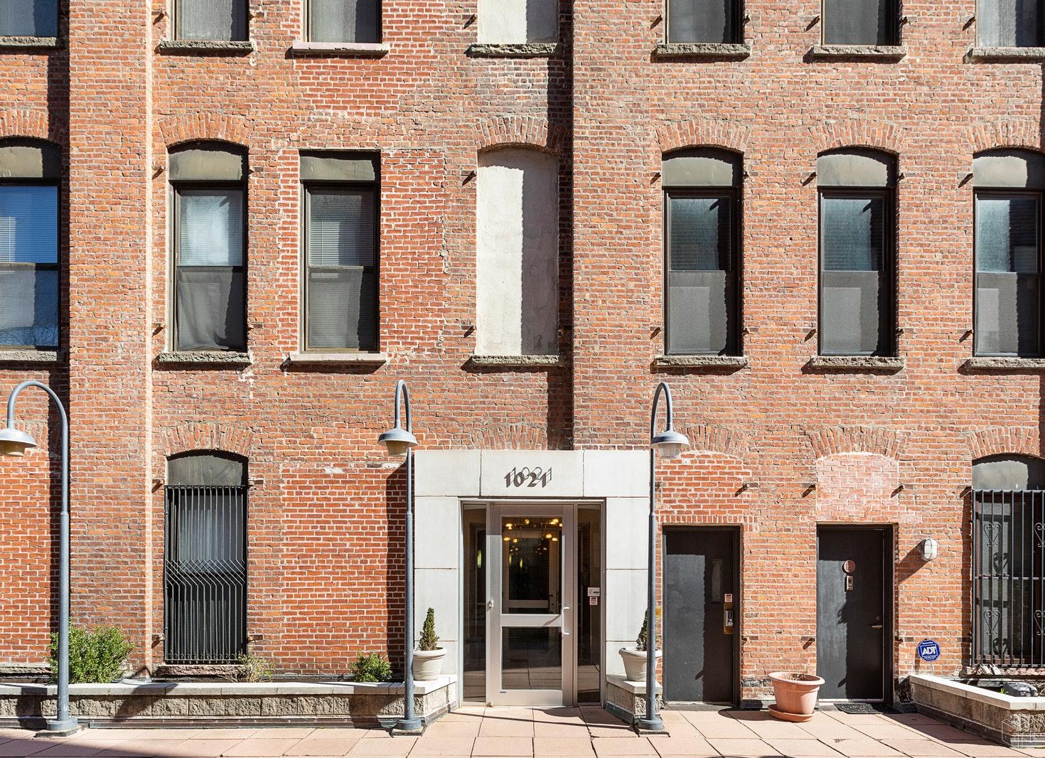 1021 GRAND ST 4E, Hoboken, $739,000, Web #: 19538610