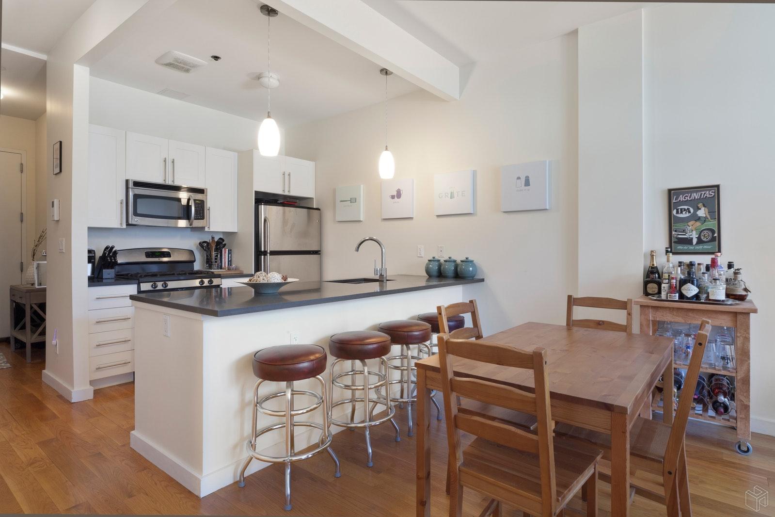 226 15TH ST 2C, Park Slope, $2,800, Web #: 19539773