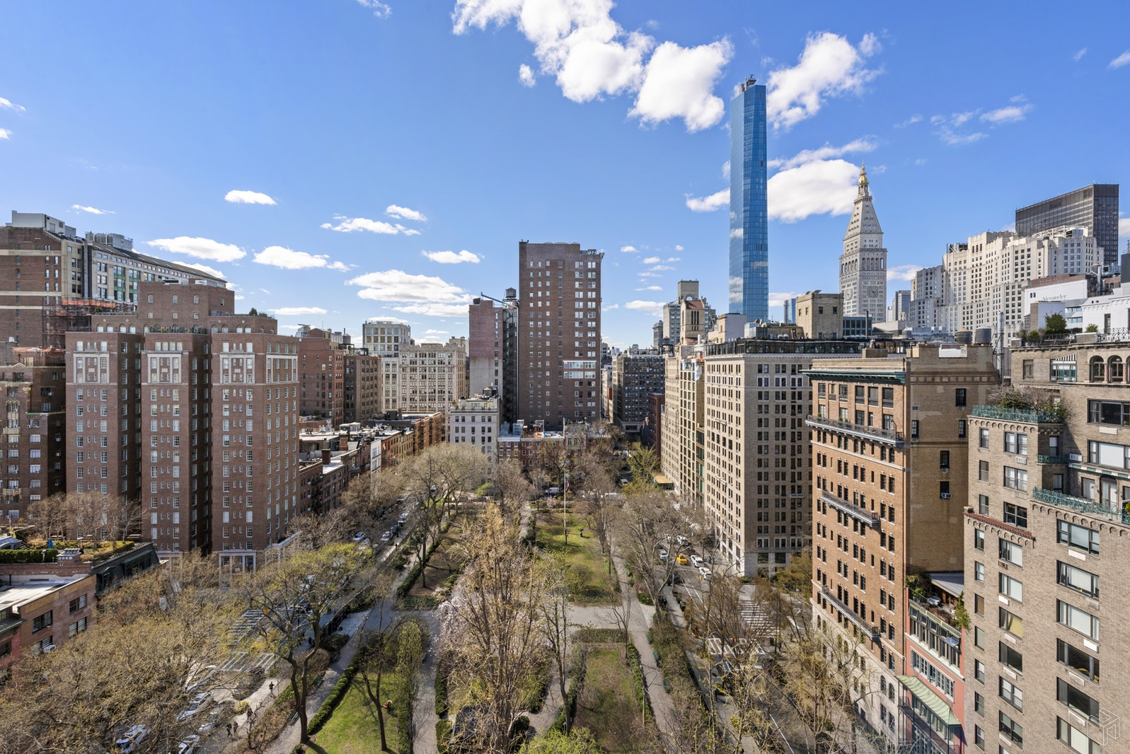 36 GRAMERCY PARK EAST, Gramercy Park, $6,500, Web #: 19573517