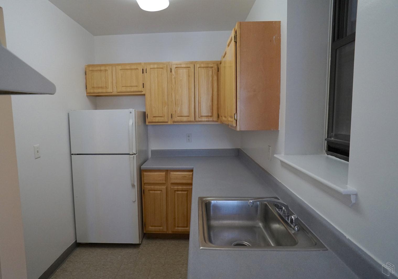 86 LEXINGTON AVENUE 2B, Clinton Hill, $1,900, Web #: 19576045