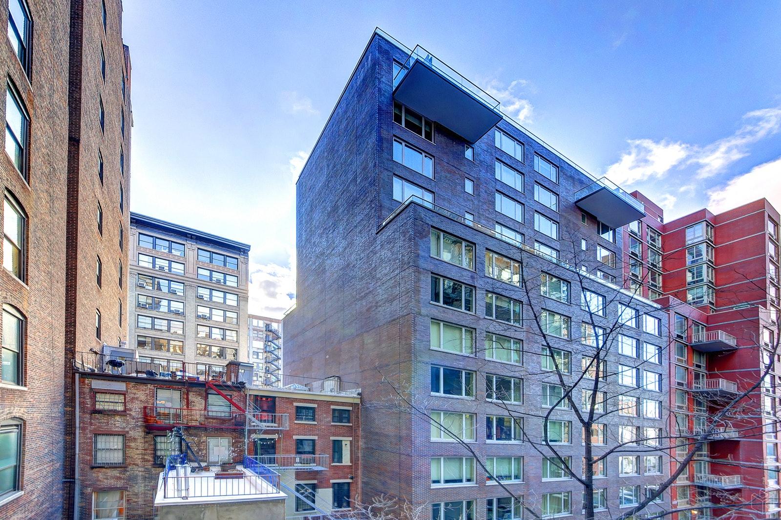 140 WEST 22ND STREET, Chelsea, $3,700, Web #: 19585131