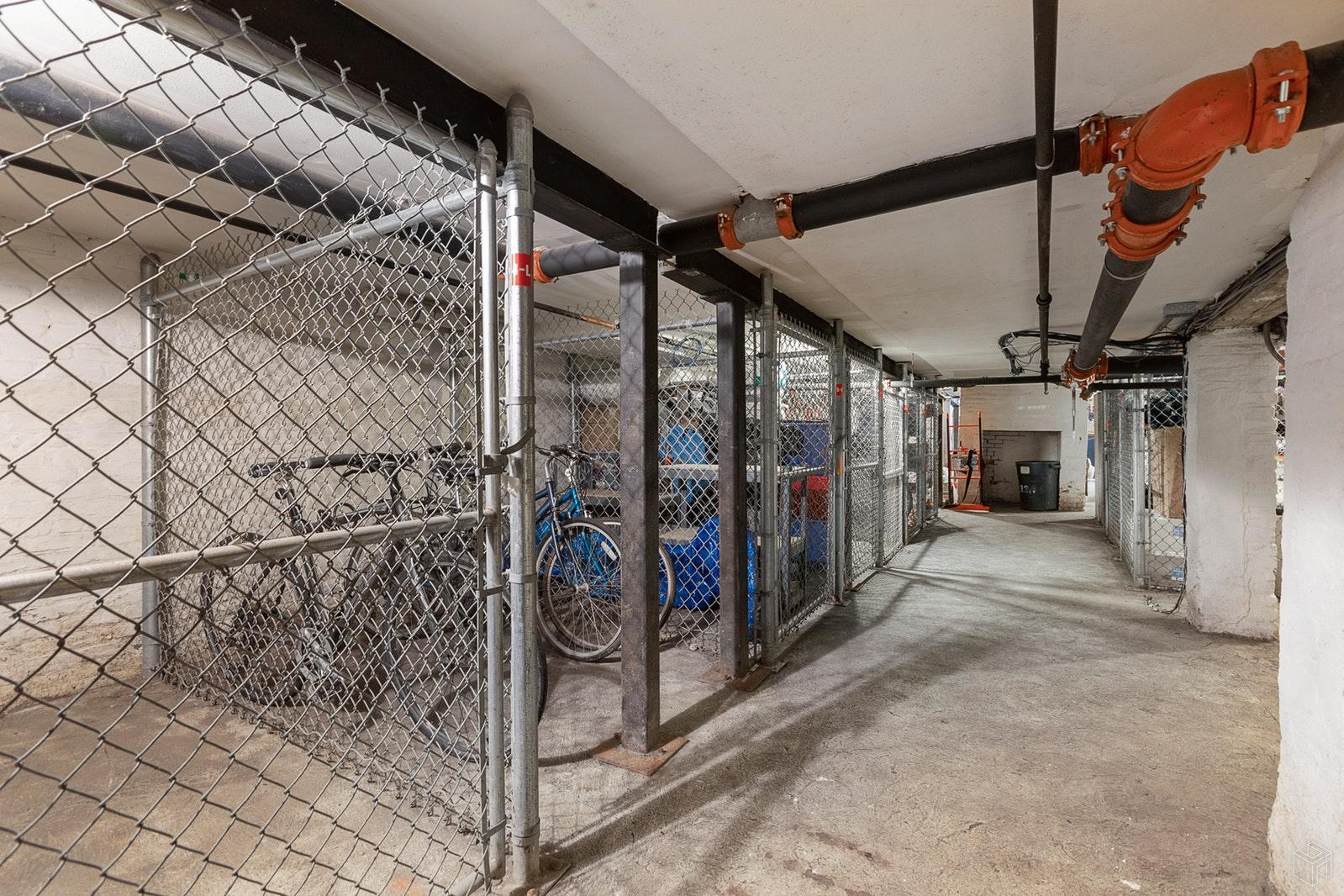 221 CLINTON ST 5R, Hoboken, $499,000, Web #: 19585436