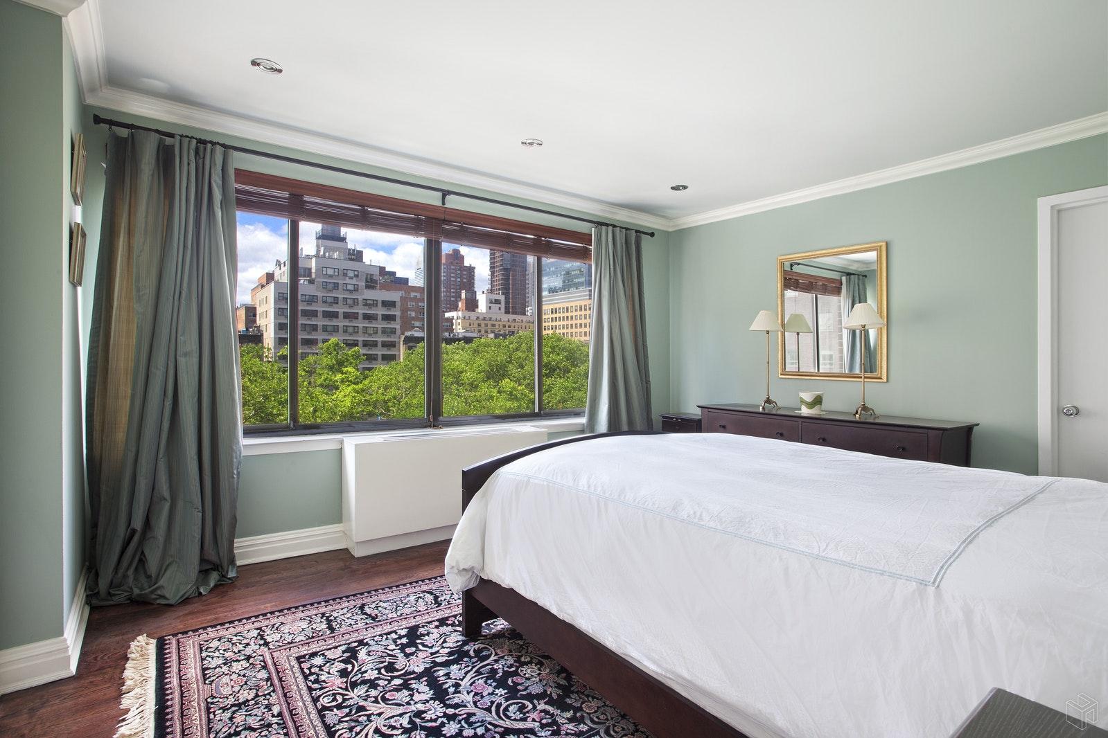 359 EAST 68TH STREET 6B, Upper East Side, $810,000, Web #: 19590097