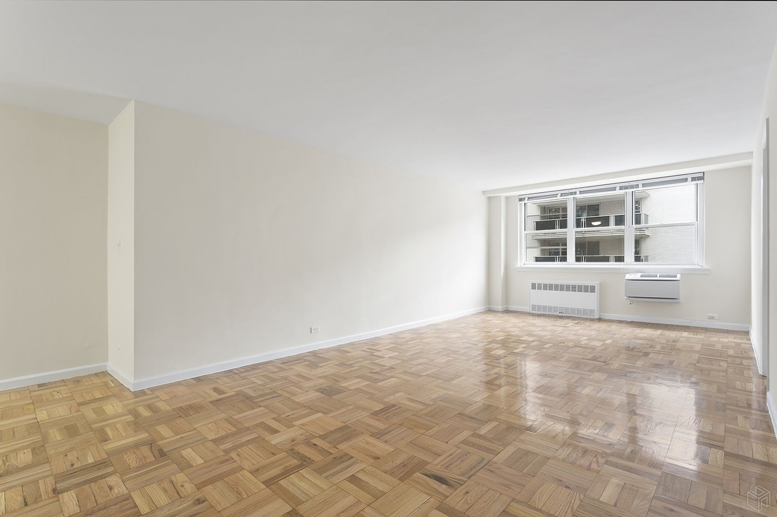 201 East 19th Street, Apt 11H, Manhattan, New York 10003