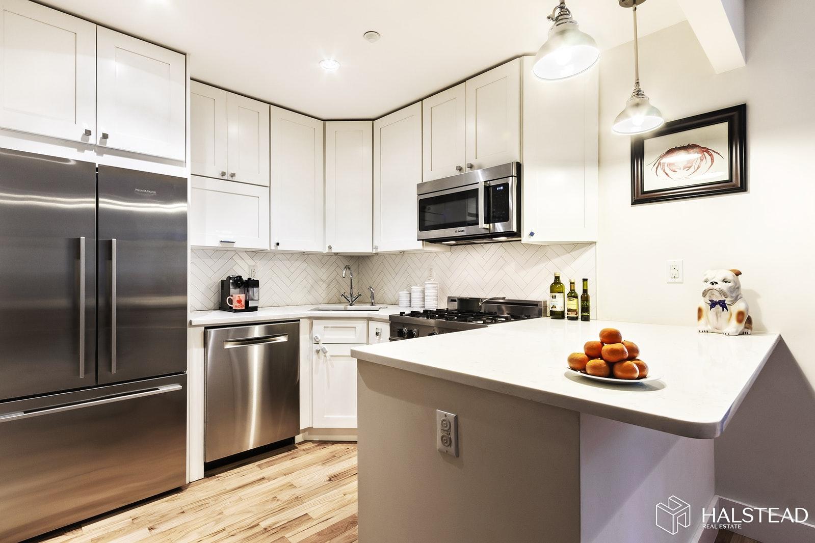 65 PARK PLACE 3D, Park Slope, $4,509, Web #: 19607357