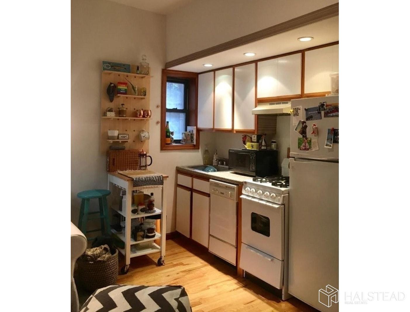 166 SUFFOLK STREET 1C, Lower East Side, $2,150, Web #: 19618285