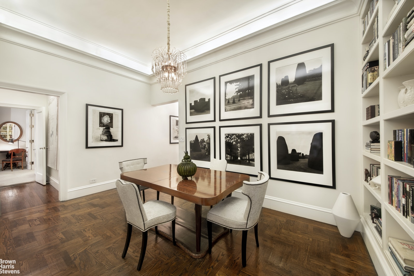 180 WEST 58TH STREET 4B, Midtown West, $1,555,000, Web #: 19619550