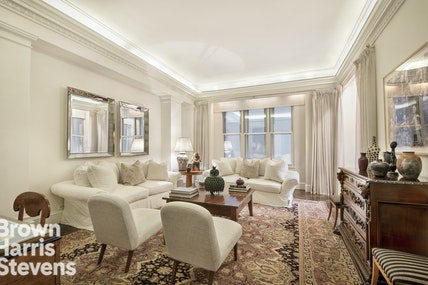 180 WEST 58TH STREET 4B, Midtown West, $1,395,000, Web #: 19619550