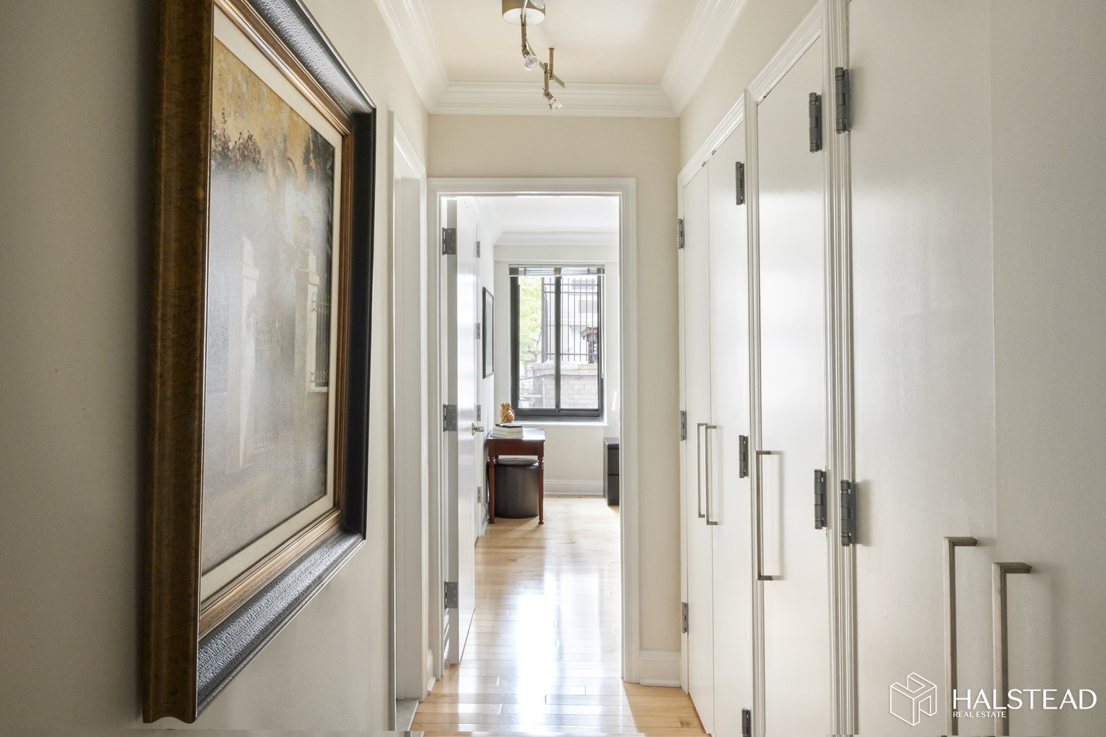 10 EAST END AVENUE 2D, Upper East Side, $739,000, Web #: 19621447