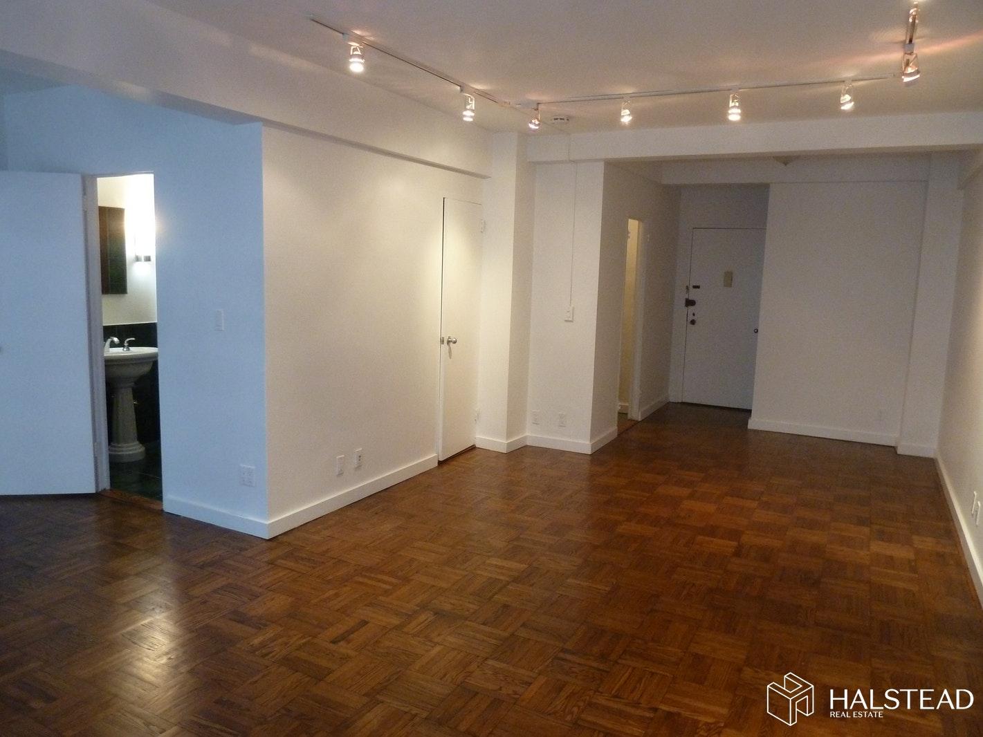 210 EAST 58TH STREET 4J, Midtown East, $2,850, Web #: 19638891