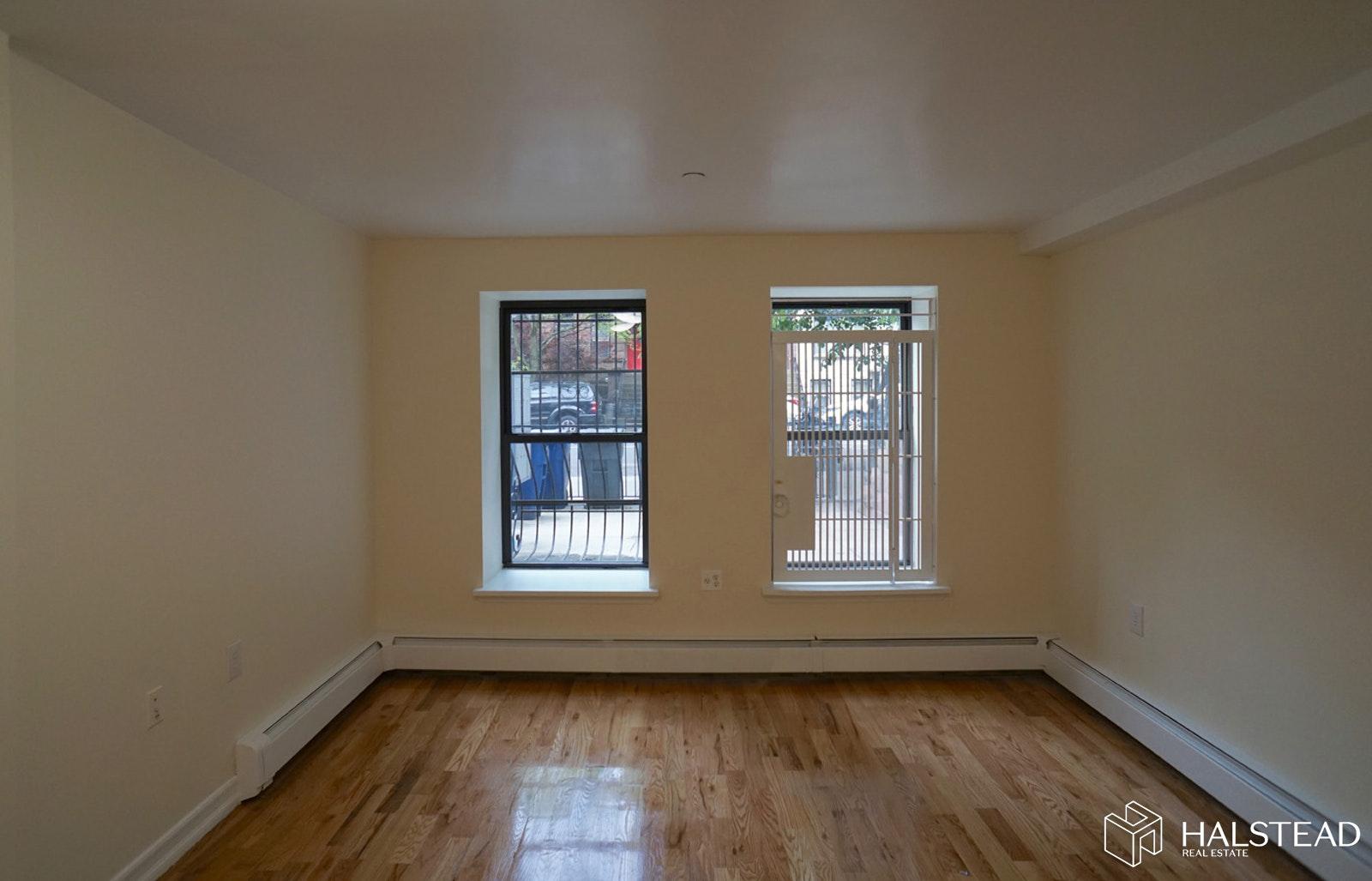 577 SAINT MARKS AVENUE 1, Crown Heights, $1,750, Web #: 19661155