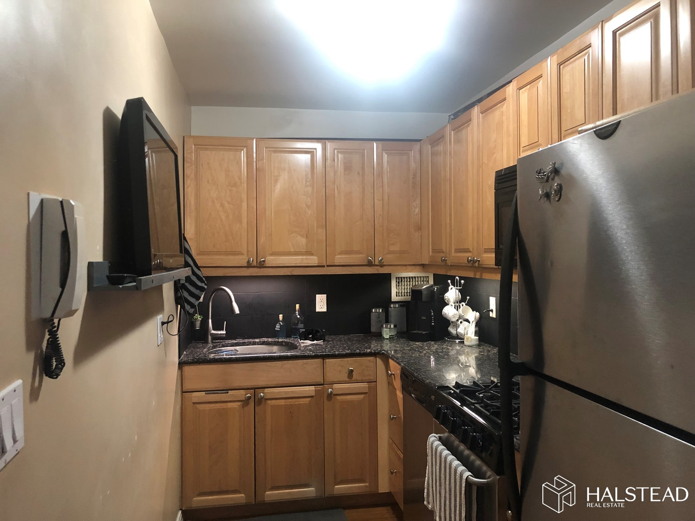 SPACIOUS, BRIGHT, CONVERTIBLE 2, Midtown East, $3,100, Web #: 19675864