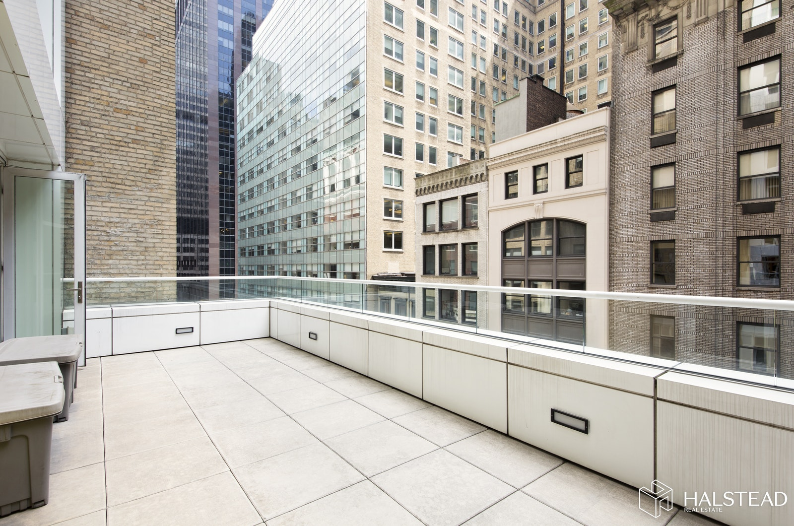 5 EAST 44TH STREET 7, Midtown East, $1,695,000, Web #: 19727670