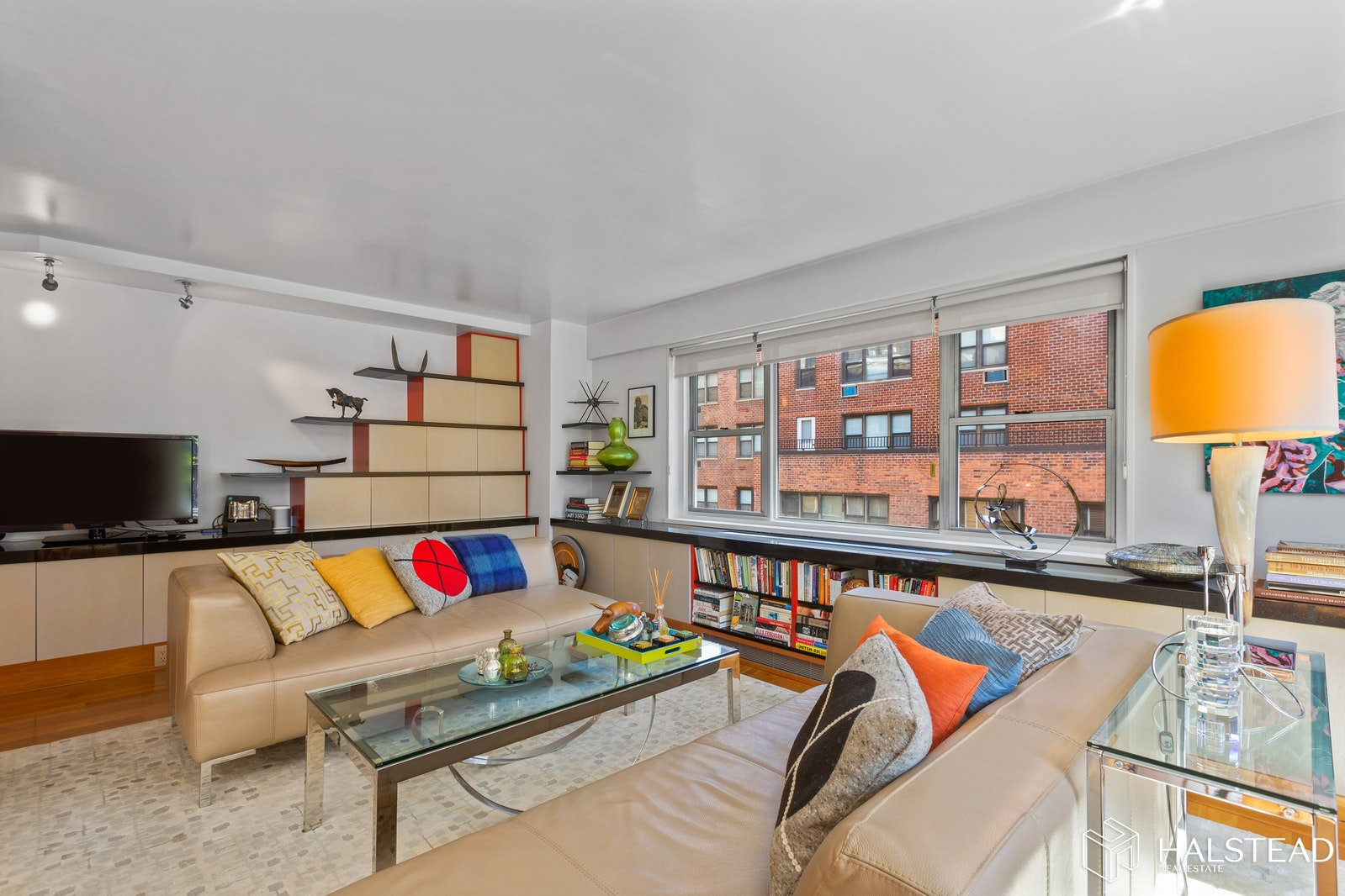211 EAST 53RD STREET 12C, Midtown East, $999,000, Web #: 19755181