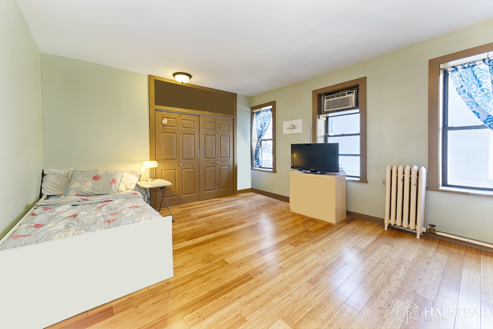 411 WEST 44TH STREET 12, Midtown West, $489,000, Web #: 19768381