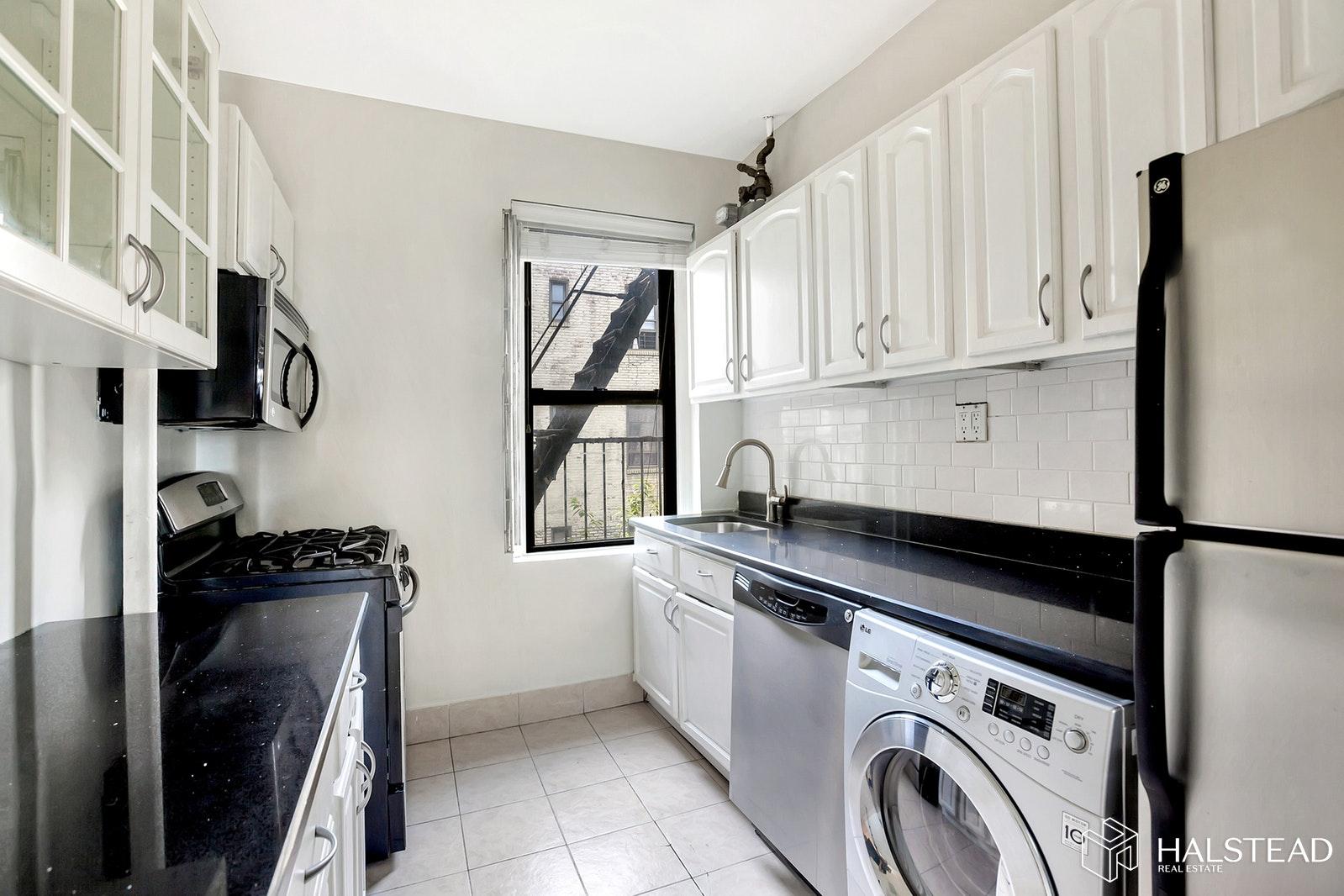 21-06 35th Street, Apt 4F, Manhattan, New York 11105
