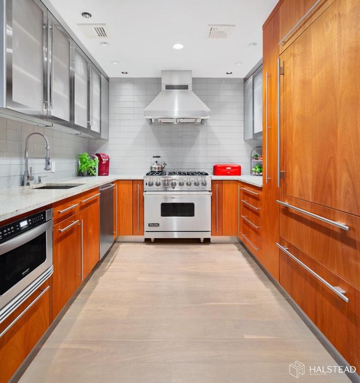 130 JANE STREET 4HJ, West Village, $2,595,000, Web #: 19815713