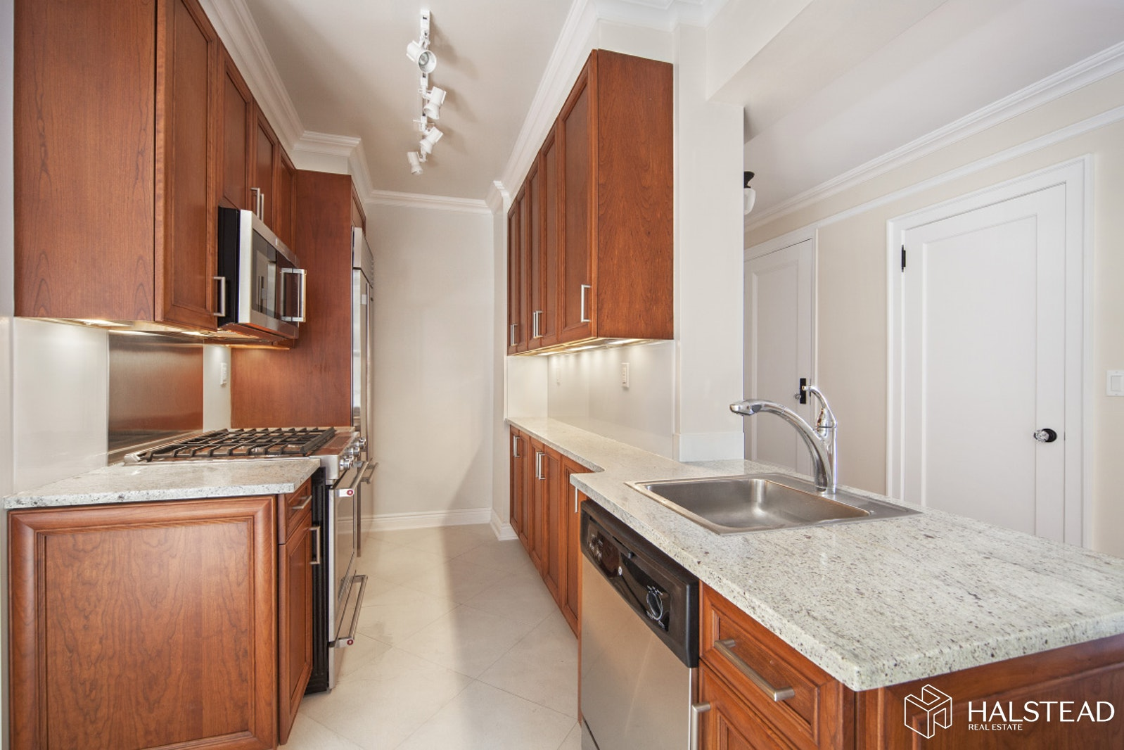 98 RIVERSIDE DRIVE 7D, Upper West Side, $6,750, Web #: 19830541