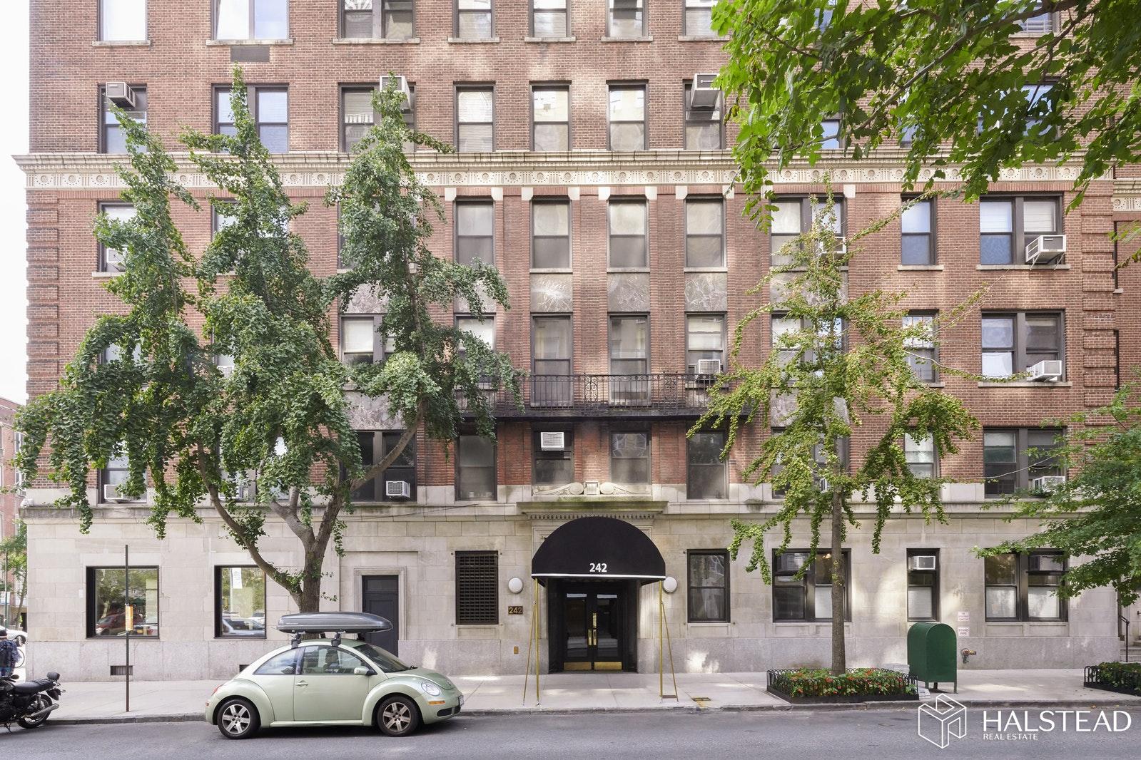 242 EAST 19TH STREET 13C, Gramercy Park, $1,150,000, Web #: 19860508