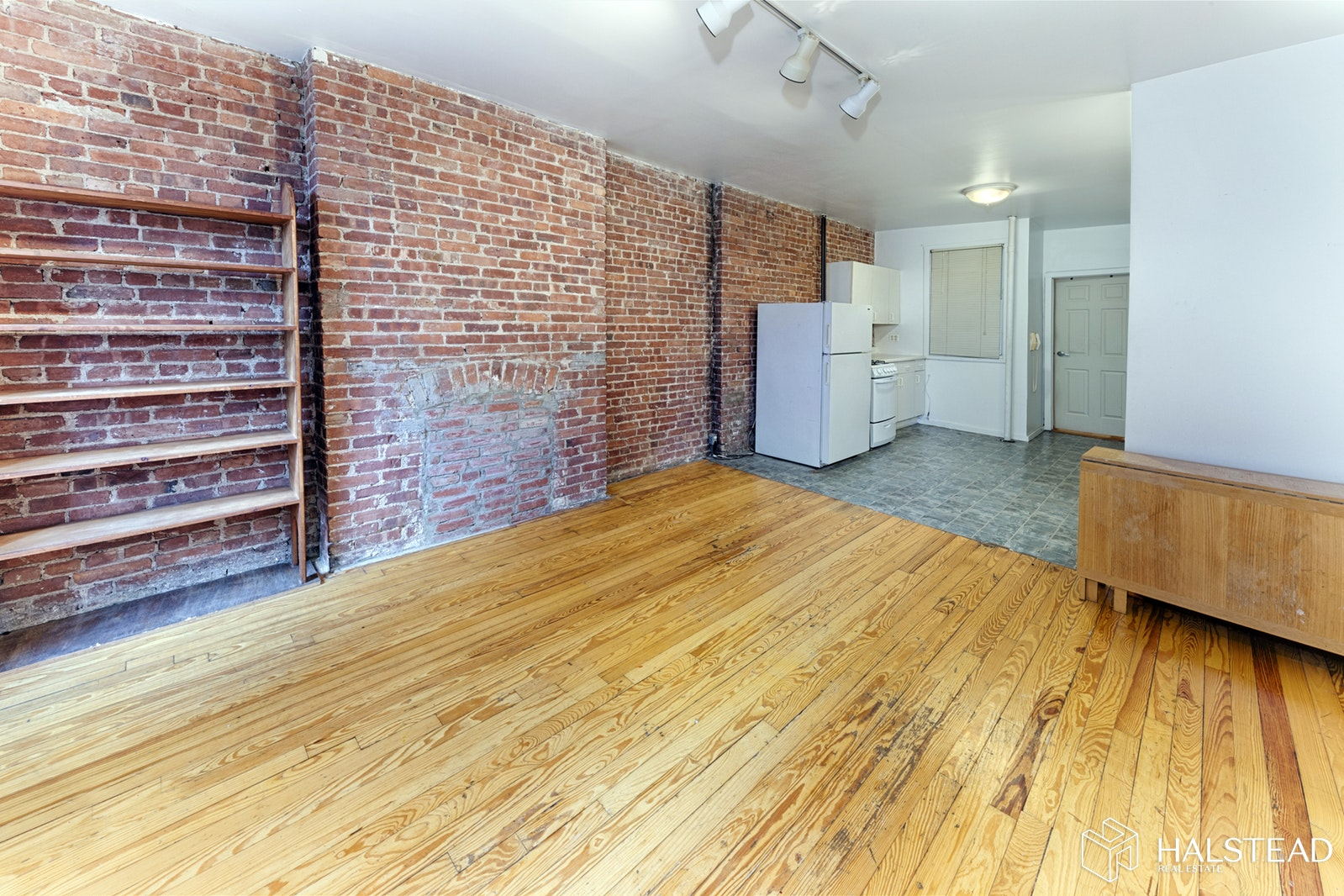 328 EAST 48TH STREET 3A, Midtown East, $2,000, Web #: 19870776