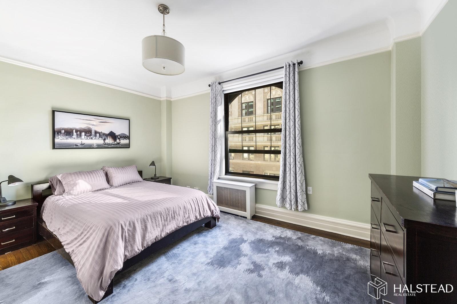 215 WEST 98TH STREET 10B, Upper West Side, $2,695,000, Web #: 19877455