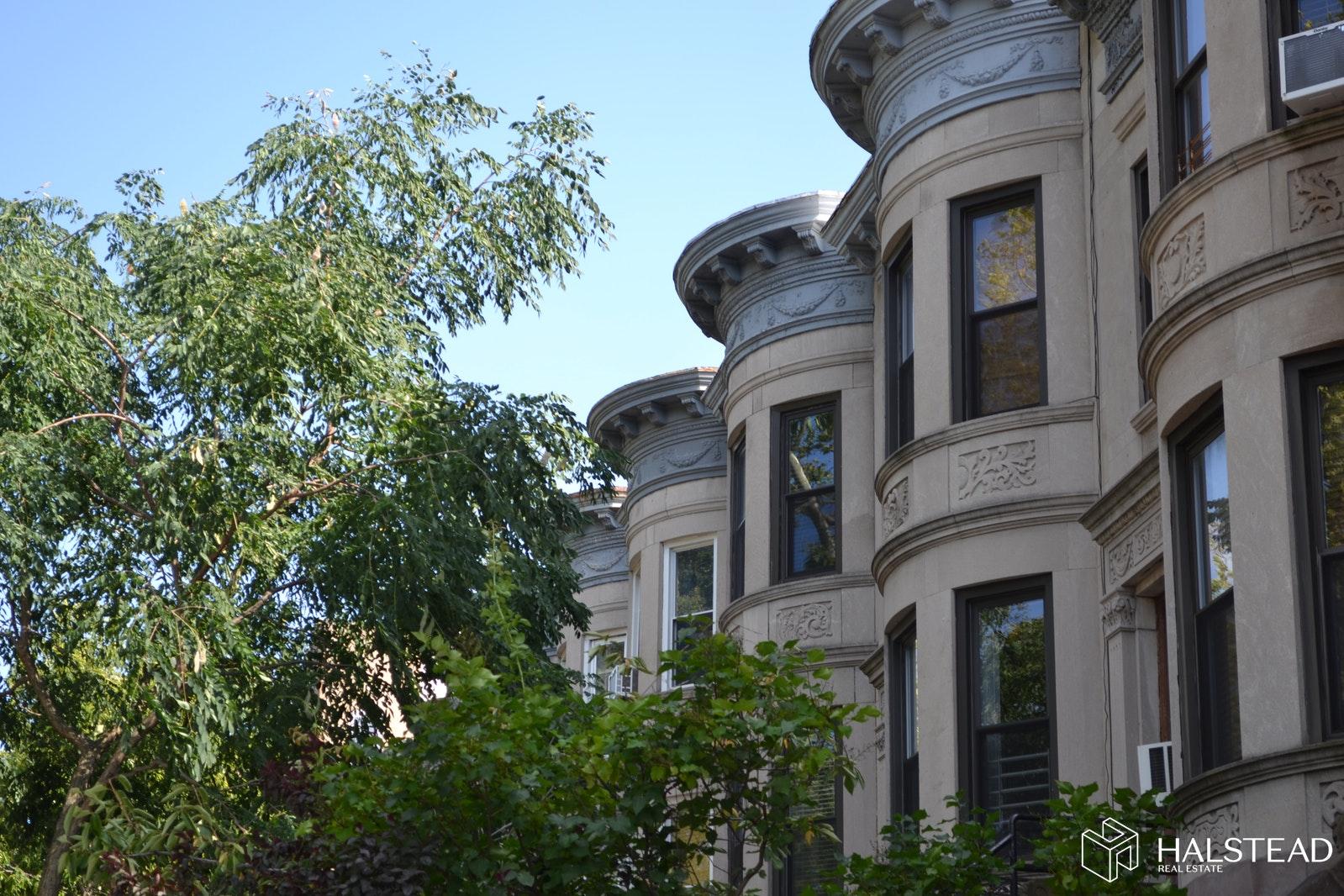 540 44TH STREET, Sunset Park, $1,700,000, Web #: 19882588