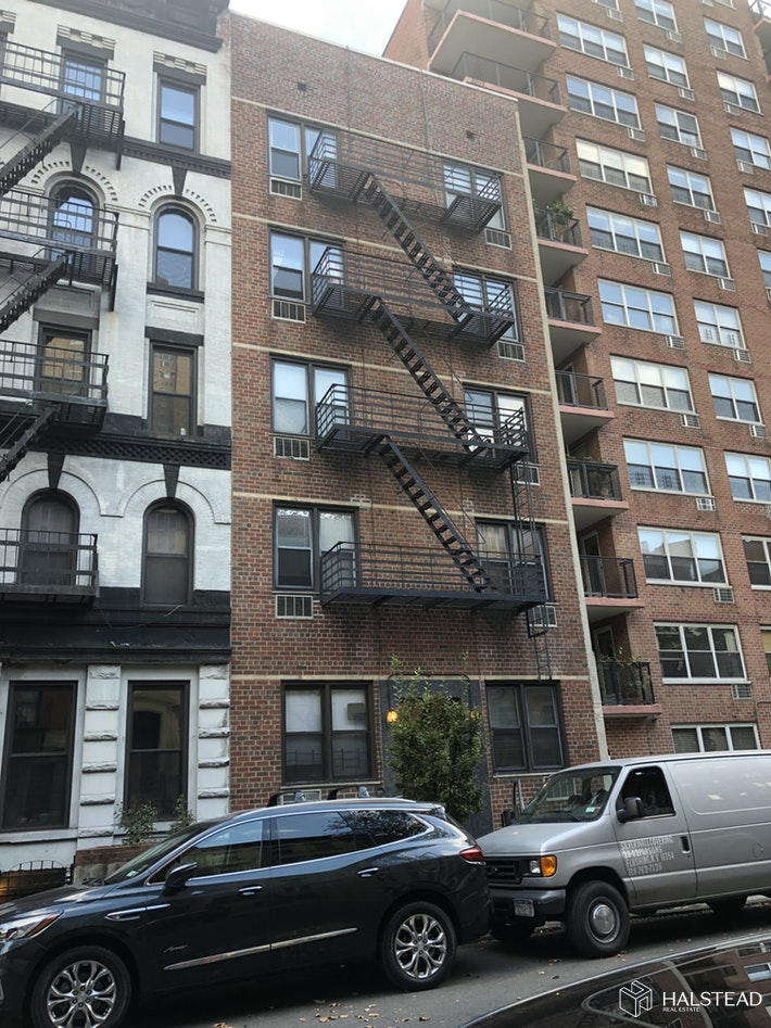 448 EAST 84TH STREET, Upper East Side, $2,200, Web #: 19890985