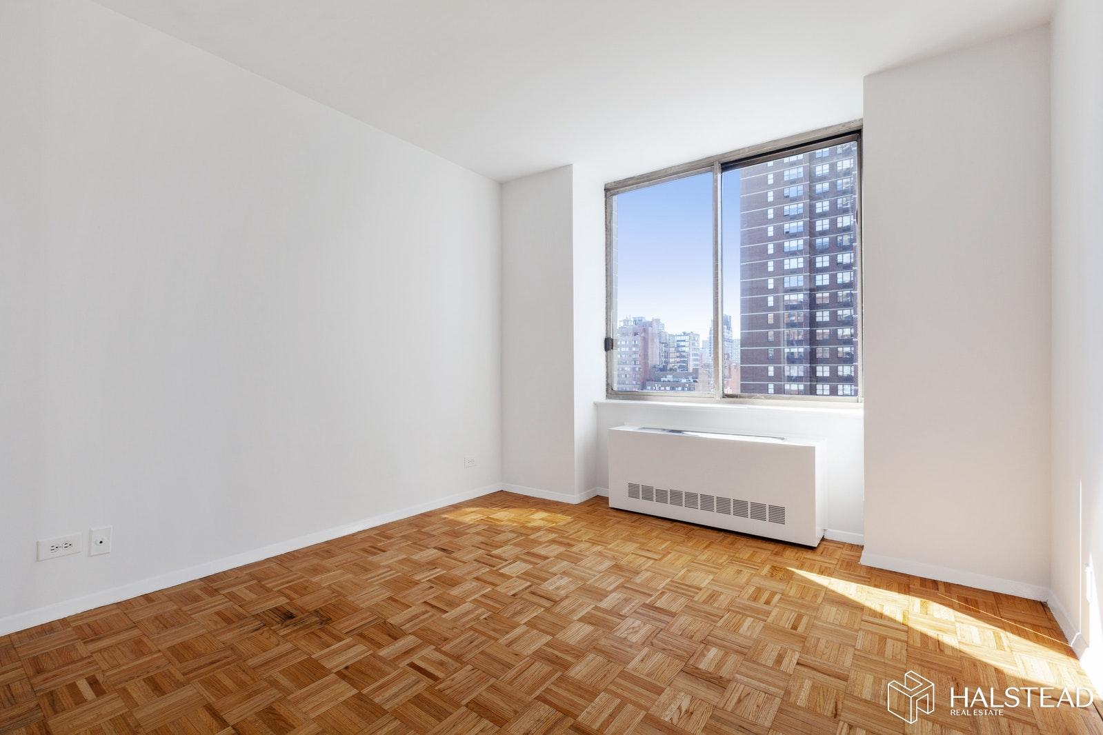 200 EAST 89TH STREET 15A, Upper East Side, $725,000, Web #: 19894906