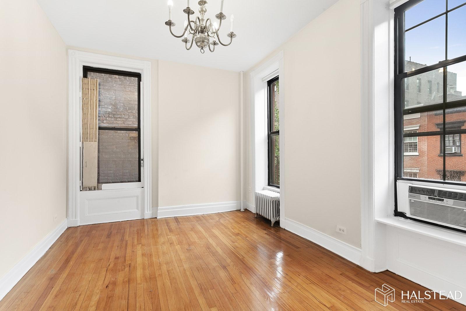184 WEST 10TH STREET 3D, West Village, $3,500, Web #: 19911825