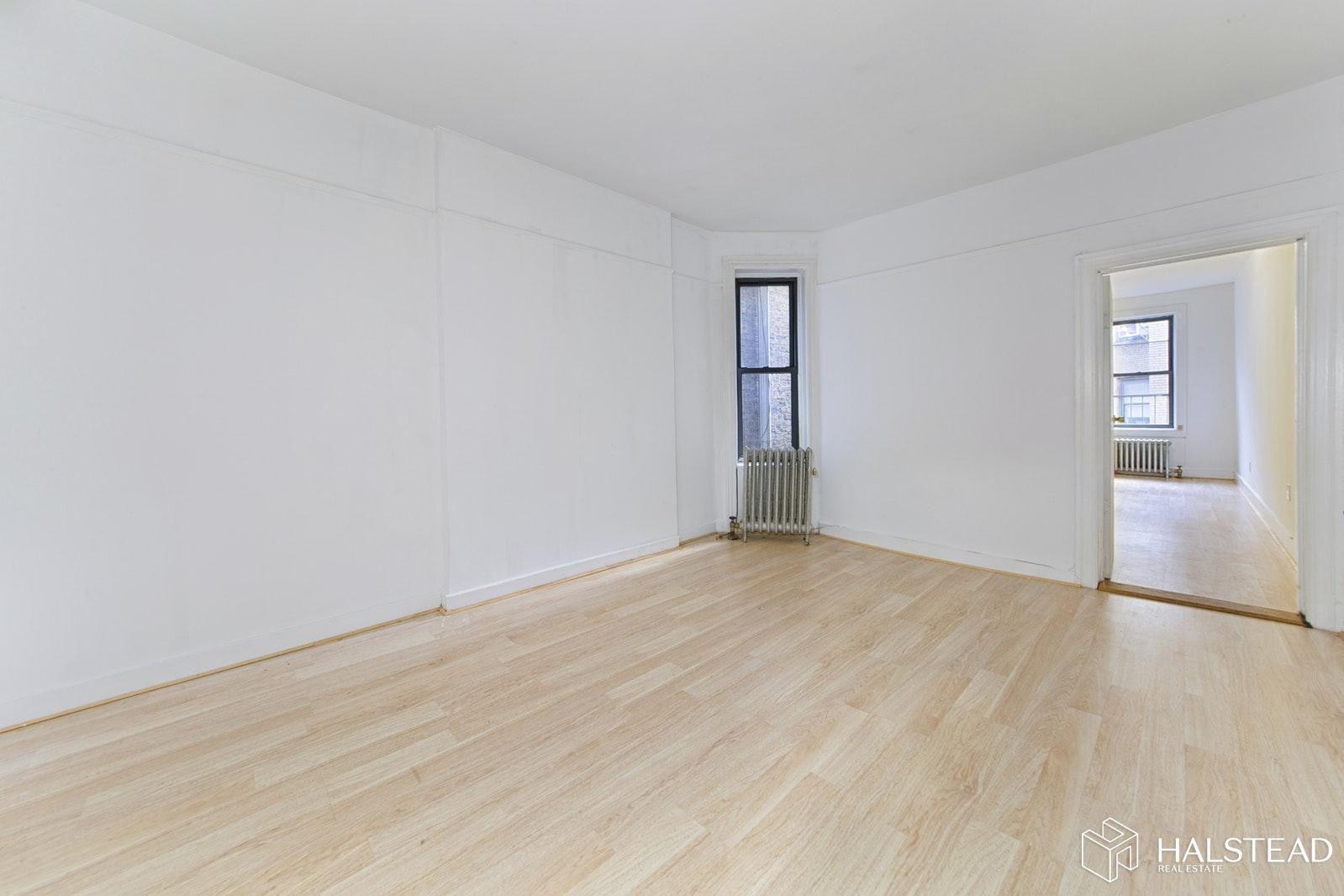 108 WEST 17TH STREET 10, Chelsea, $3,600, Web #: 19917824
