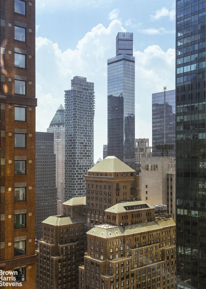 157 WEST 57TH STREET 39E, Midtown West, $4,850,000, Web #: 19926561