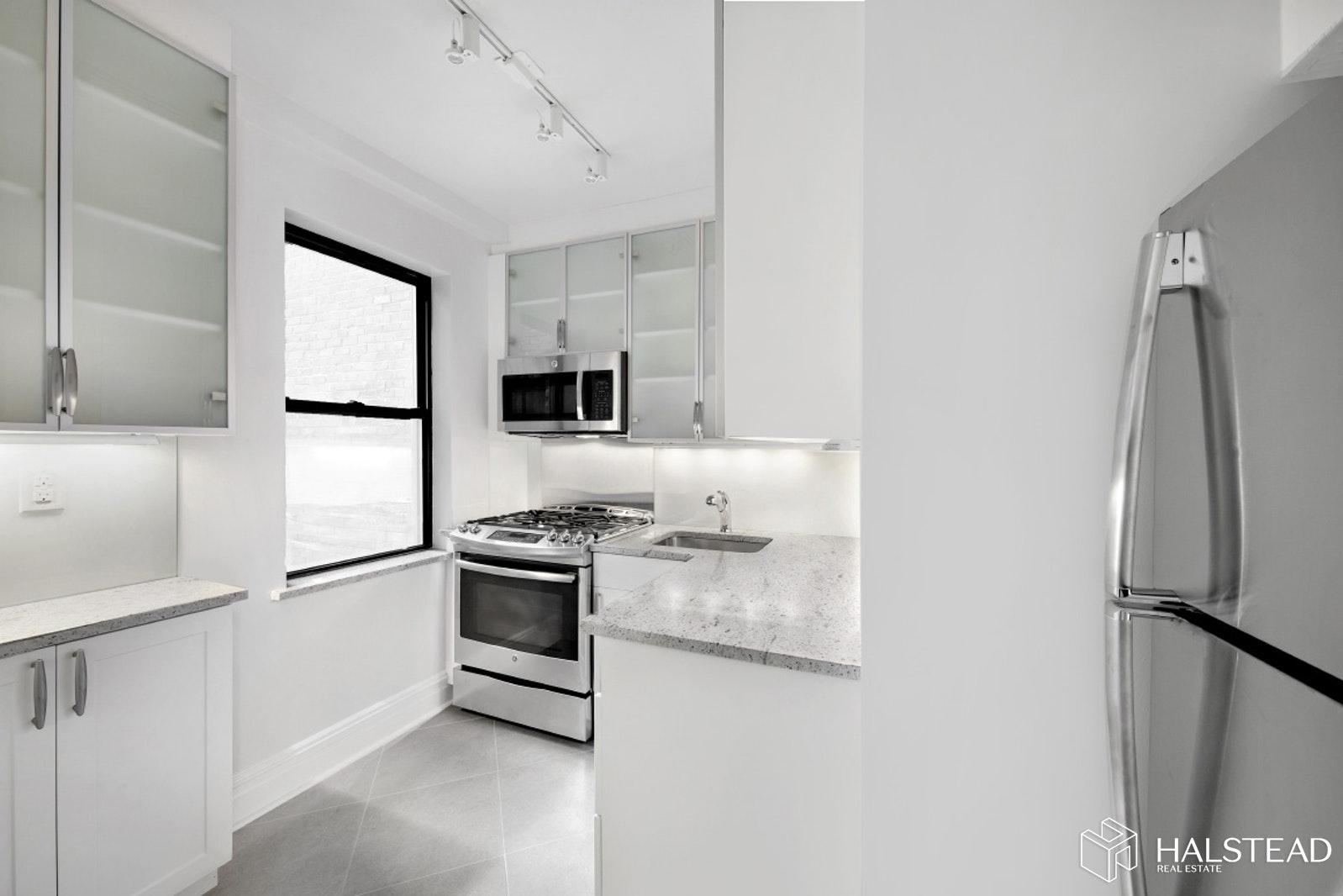 231 EAST 76TH STREET 2F, Upper East Side, $3,750, Web #: 19934253